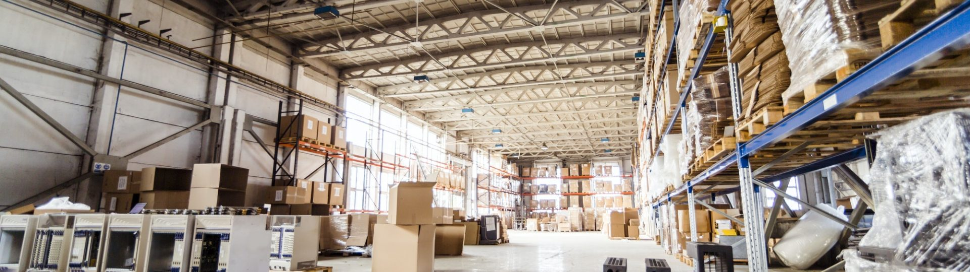 Warehouse and pallets